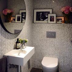 Darren and Dea's powder room was a hit with the judges on The Block. The Neo mini basin worked a treat and we love the hexagon mosaics. @reecebathrooms @theblock9 #australia#arch#basin#bathroom#bestbathroom#basindesign#bestdesign#design#darrenanddea#home#houzz#interior#interiordesign#lux#luxury#luxurybathroom#smallbathroom#neo#omvivo