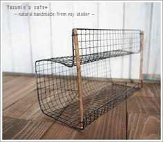 【Seriaの焼き網で収納棚*】 : yasumin's cafe*