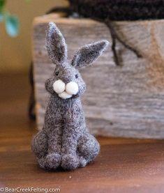 Needle Felt Bunny - Needle Felted Bunny - Easter Bunny - Easter Decoration - Easter Decor - Wool Bunny - Easter Décor
