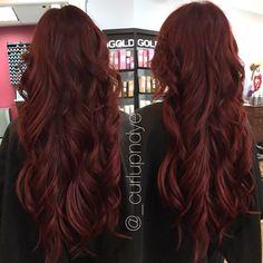 Long red hair beach waves Beach Wave Hair, Beach Waves, Dyed Red Hair, Long Red Hair, Dyes, Ideas Para, Hair Cuts, Hair Color, Long Hair Styles