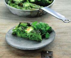 Frittata met platte kaas, broccoli en kerstomaatjes - Recept uit myTaste Frittata, Sprouts, Cheesecake, Ovens, Vegetables, Ethnic Recipes, Food, Salad, Red Peppers