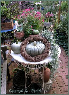 Garden pumpkin table decor by Boxwoodcottage, via Flickr