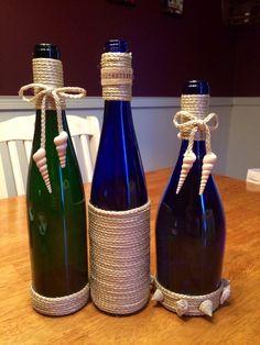 40 DIY Old Wine Bottle Crafts zu versuchen - New Sites Empty Wine Bottles, Recycled Wine Bottles, Wine Bottle Corks, Glass Bottle Crafts, Lighted Wine Bottles, Diy Bottle, Bottle Lights, Twine Wine Bottles, Vodka Bottle