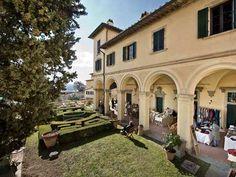 """Toscana: La #mostra #mercato """"Arte Artigianato e Agricoltura"""" alla Fattoria di Maiano (link: http://ift.tt/2ogs3Ql )"""