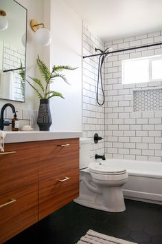 Modern bathroom renovation REVEAL: The finished One Room Challenge! Modern bathroom renovation REVEAL: The finished One Room Challenge! Mid Century Modern Bathroom, Modern Bathroom Design, Bathroom Interior Design, Bathroom Designs, Modern Bathrooms, Modern Bathtub, Bath Design, Bathtub Designs, Luxury Bathrooms