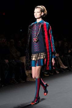 Anna Sui Fall/Winter 2013. Photographed by The Sartorialist. Love the whole outfit and how the colours work together!