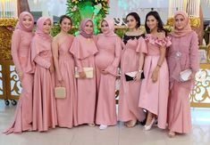 Bridesmaid Hijab intended for Inspiration for You - Wedding Ideas MakeIt Blue Bridesmaids, Bridesmaid Dresses, Wedding Dresses, Prom Party, Party Gowns, Model Kebaya, Hijab Dress, Muslim Women, Muslim Fashion