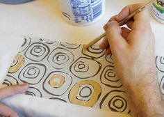 Ceramic Arts Daily – Slip and Stick: How to Use Stained Slips and Newsprint to Make Monoprints on Pottery