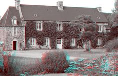 House in Normandy in 3D. Use red/blue glasses.