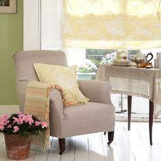 Light living room   housetohome.co.uk