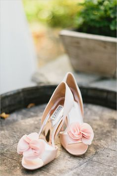 Chaussures de mariage / sassy pink shoes by Badgley Mischka
