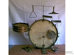 Evolution of Drums - History of Drums and Percussion Rogers Drums, Big Band Jazz, Drum Heads, Vintage Drums, Drummer Boy, How To Play Drums, Cigar Box Guitar, Snare Drum, Drum Kits