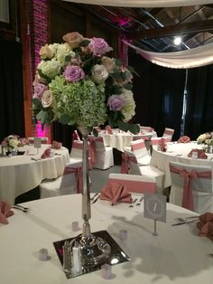 Soft and romantic elegance #topofthemarket #daytonweddings #furstflorist #furstevents