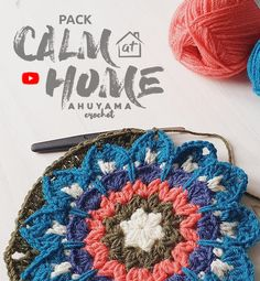 Mandala Au Crochet, Crochet Granny, 2 Color Combinations, Pack And Play, Crochet Carpet, Crochet Instructions, Learn To Crochet, Crochet Hooks, Crochet Projects