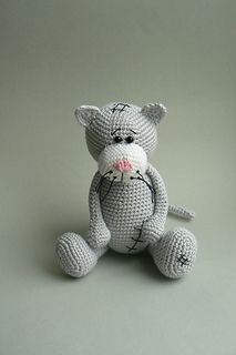 Crochet pattern: Grey cat by Katka Reznickova