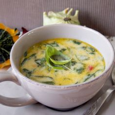 Creamy Chicken and Brie Soup - Delicious starter! (scroll down for English)