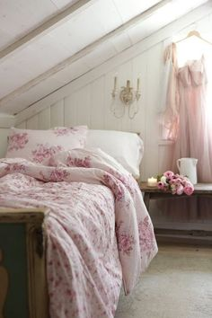 cottage decor Inspired and romantic living, entertaining, traveling and decorating in a French Country Cottage in the California countryside. Target Bedding, French Country Decorating, Bedroom Decor, Cottage Decor, Country Bedroom, French Country Rug, Chic Bedding, Country House Decor, French Country Bedrooms