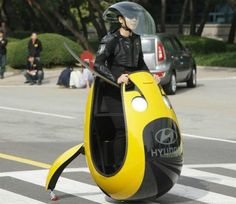 Hyundai Unveils The Egg-shaped Concept Vehicle Working Similarly To A Helicopter (+VIDEO)