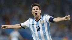 CON TODO. Lionel Messi festeja el segundo gol en el estadio Maracana frente a Bosnia. (Juan Manuel Foglia)