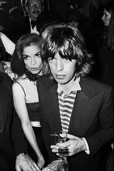 Bianca Jagger & Mick Jagger at Studio 54 Bianca Jagger, Mick Jagger, Studio 54, The Rolling Stones, Divas, Jerry Hall, American Hustle, Culture Pop, Rod Stewart