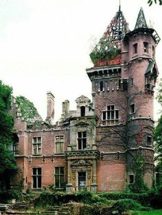 Architecture - Abandoned Places - Charle-Albert Castle or Chateau. The chateau is located on avenue Charles-Albert Watermael-Boitsfort, bordering the Sonian Forest in Belgium. It was completed in The building sustained heavy bombing damage in WWII. Abandoned Buildings, Abandoned Castles, Abandoned Mansions, Old Buildings, Abandoned Places, Abandoned Belgium, Abandoned Mansion For Sale, Beautiful Buildings, Beautiful Places
