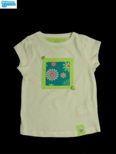Flowers- White t-shirt for girl  with two buttons  by BebuzzyandFriends, €15.00