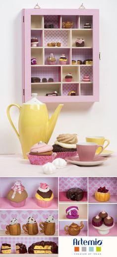 Une vitrine miniature avec des cupcakes, c'est mignon !