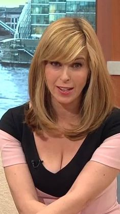Kate Garraway.HIGH DARLING I LIKE TO LOOK AT YOUR PUCTURES THERE NICE SWEET AND FRIENDLY Kate Galloway, Animatrices Tv, Tv Girls, Video X, Tv Presenters, British Actresses, Celebs, Celebrities, Holly Willoughby