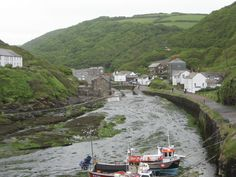 We have taken this photo of the harbour of Boscastle in Cornwall.
