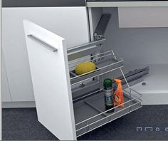 Linea 3 cocinas cubos de basura dentro del mueble de for Mueble fregadero cocina