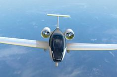 Electricity is currently dominating the automotive market, now, aviation industries are joining the race to create super efficient aircraft Ultralight Plane, Electric Aircraft, Aircraft Propeller, Airline Reservations, Fan 2, Experimental Aircraft, Aviation Industry, Aircraft Design, Transportation Design