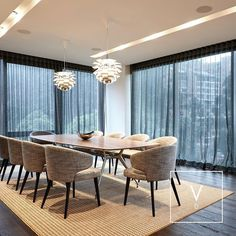 [ Top-of-the-line Craftmanship ] Our distinct kanaspi weave in natural fibers and copper threads was the way to go for this stunning apartment in the north of Bogota designed by @schaller_oficial . Our Verdi weaves make part of this seductive dining room with top-of-the-line craftmaship that includes the signature Louis Poulsen Artichoke lamps Rimadesio dining table and classic Minnotti chairs.  A glamorous fusion of Colombian and Italian design takes place in this contemporary home…