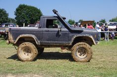 Mudder Ford Bronco early Ford small SUV