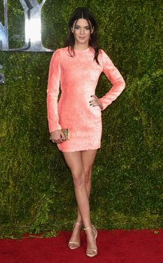 Kendall Jenner, 2015 Tony Awards --  Various designers given credit for dress, shoes, makeup and hair. HAIR??