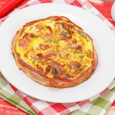 Bacon and Cheese Crustless Quiche - Easy, affordable, delicious, loaded with protein, and Banting-friendly.