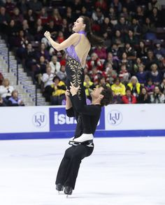 2016 Skate Canada International - Day 1 Tessa Virtue of Canada and Scott Moir