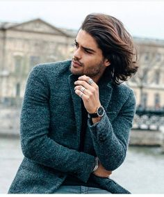 or long hair? More hairstyles . Hairstyle by 스타일 Long Hair Male Model, Marlon Texeira, Natural Hair Styles, Short Hair Styles, Male Models Poses, Model Poses Photography, Mens Fashion Wear, Cute Boys, Hairstyle