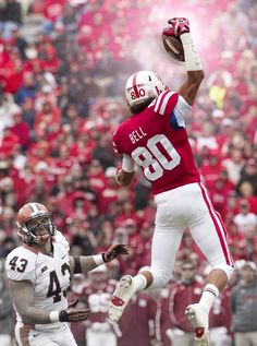 Kenny Bell's one handed grab. Awesome picture! Awesome Husker!