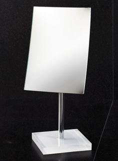 Rainbow Pedestal 2.5X Magnifying Mirror