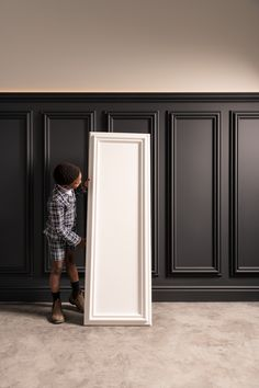 Do you like tall wainscoting and want to get it going fast? These pre-fabricated panels can be mounted directly to the wall without any prep work. Add a contemporary nod with a line of LEDs. Black Wainscoting, Wainscoting Bedroom, Painted Wainscoting, Flur Design, Wall Design, House Design, Orac Decor, Wall Molding, Moulding