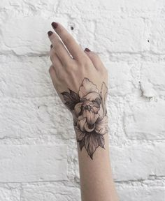 Floral Dotwork and Fine Line Tattoos by Dasha Sumkina
