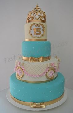 15th Birthday Cakes, Sweet 16 Birthday Cake, Birthday Cake Girls, Beautiful Cakes, Amazing Cakes, Sweet 16 Centerpieces, Quince Cakes, Quinceanera Cakes, Dinner Recipes Easy Quick