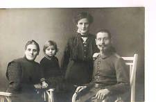 WWI Photo No.008 family