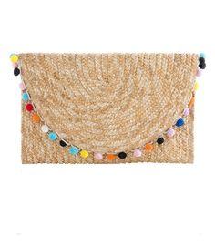Pom Pom Straw Clutch for spring break and summer preppy outfits! #pompomclutch #sandandcoral #springbreakoutfits