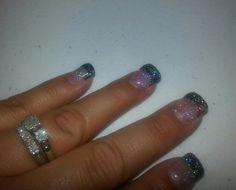 My black glitter nails