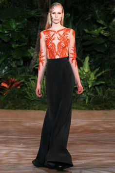 Christian Siriano Fall 2015 RTW Collection - Style.com. Long live fashion: LÜR Nail presents the best designer runway looks of the New York NYC Autumn/Winter 2015 Collections.