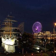 Instagram【kumiko_niwa】さんの写真をピンしています。 《みなとみらい #Yokohama #minatomirai #ship #harbor #anchor  #landmark #tower #pier #ship #night #view #night_view  #横浜 #港 #みなとみらい #船 #夜景  #ランドマークタワー #nippon_maru #Ferris_wheel #日本丸 #帆船 #yacht #メモリアル #観覧車 #写真好きな人と繋がりたい #写真撮っている人と繋がりたい》