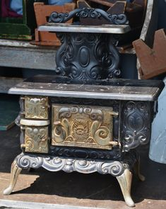Rusty Iron Ranch Antique Stoves: Favorite Salesman's Sample Antique Stove