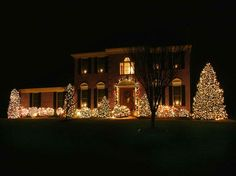 18 Photos of the Christmas Lighting Ideas – Good Options for Outdoor ...
