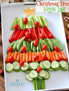 Bring one of these creative appetizers to your Christmas party! These Christmas appetizers include dips, spreads, finger foods and much more. Best Christmas Dinner Recipes, Christmas Treats, Holiday Recipes, Recipes Dinner, Christmas Parties, Party Recipes, Christmas Party Appetizers, Christmas Christmas, Holiday Dinner